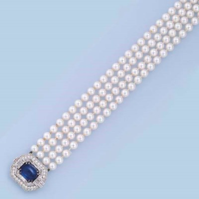 A FOUR-STRAND CULTURED PEARL,