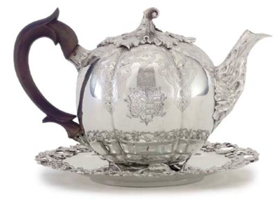 A WILLIAM IV SILVER TEAPOT AND
