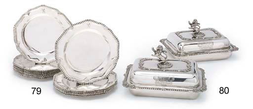 A PAIR OF GEORGE IV SILVER ENTRÉE DISHES, COVERS AND HANDLES