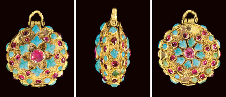 A SAFAVID RUBY AND TURQUOISE I