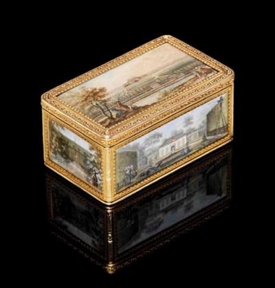 A LOUIS XVI GOLD SNUFF-BOX SET