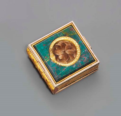 A VICTORIAN GOLD AND HARDSTONE