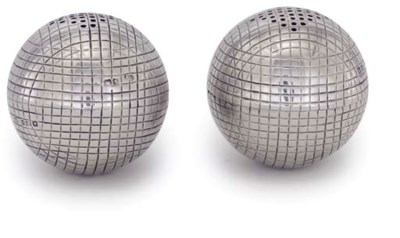 A PAIR OF NOVELTY SILVER PEPPE