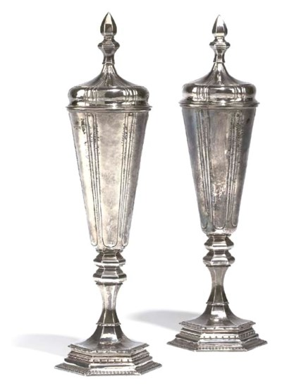 A PAIR OF SILVER CUPS AND COVE