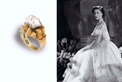A MACLE DIAMOND CRYSTAL RING,