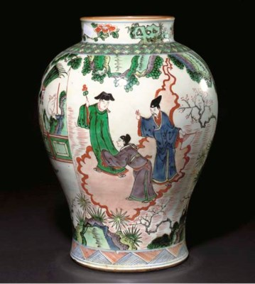 A Chinese wucai glazed baluste