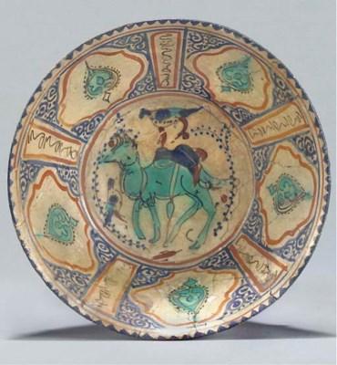 A Damascus pottery bowl, Centr