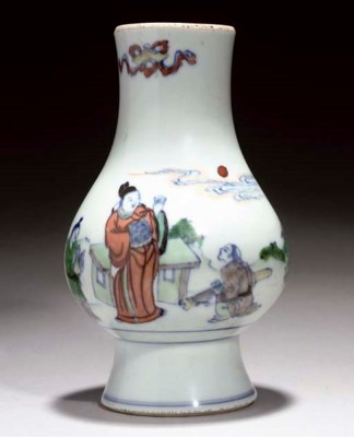 A doucai baluster vase, 18th C