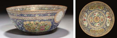 A CANTONESE FAMILLE ROSE BOWL