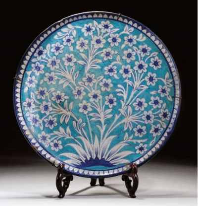 A LARGE POTTERY CHARGER, SIND,