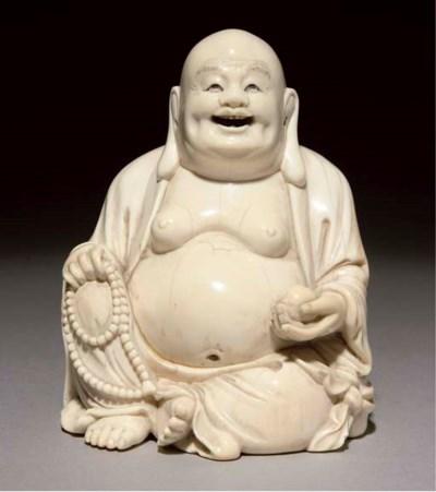 An ivory figure of Budai, 19th