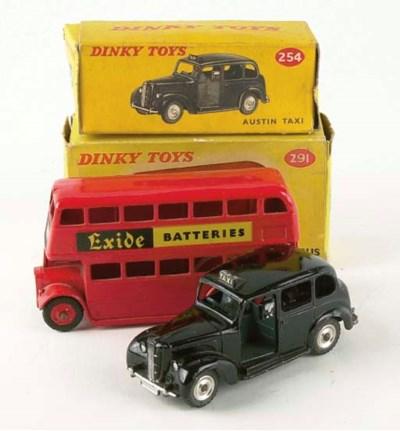 DINKY LONDON TRANSPORT