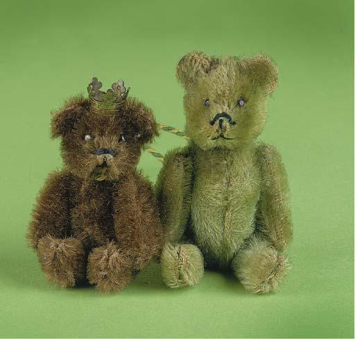 A Schuco green mohair teddy be