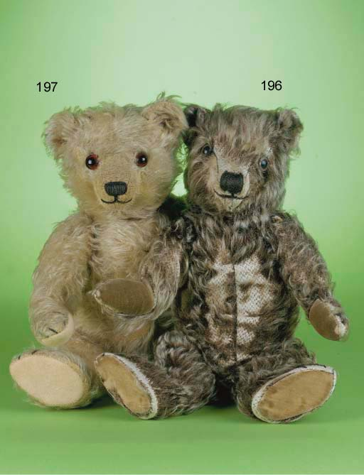 A rare Chiltern Hugmee teddy b