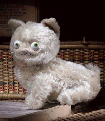 An Einco 'Fifi' cat