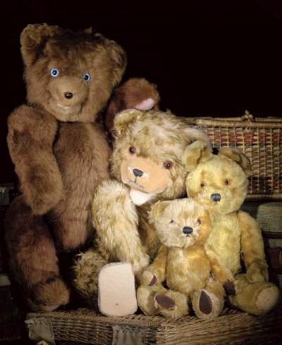 A Hermann musical teddy bear