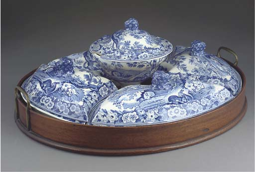 AN ENGLISH POTTERY BLUE AND WHITE BREAKFAST-SET AND WOODEN TRAY