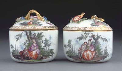 A PAIR OF MEISSEN CYLINDRICAL