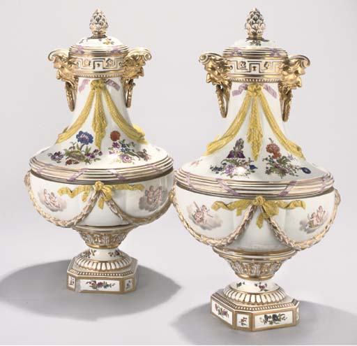 A PAIR OF BERLIN VASES AND COV