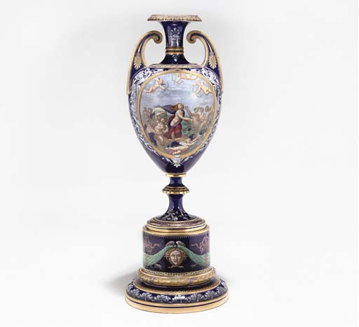 A ROYAL WORCESTER DARK-BLUE-GR