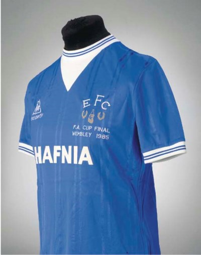 A BLUE EVERTON 1985 F.A.CUP FI