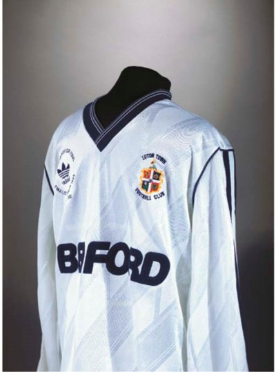 A WHITE AND BLUE LUTON TOWN 19