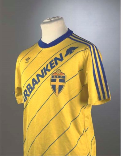 A YELLOW AND BLUE SWEDEN INTER