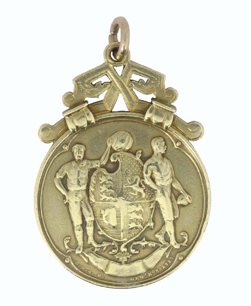 A 14CT GOLD 1934-35 F.A.CUP WI