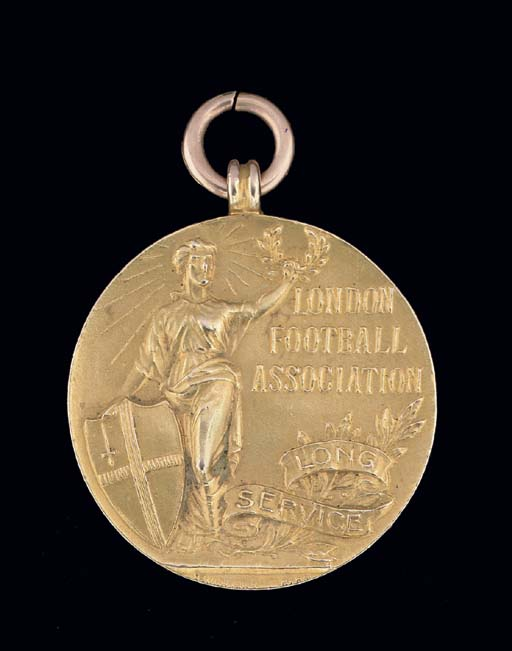 A 15CT GOLD MEDAL