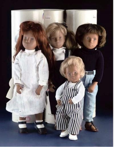 Four Götz Sasha doll in origin