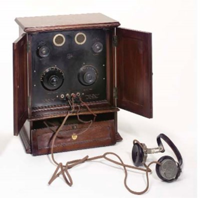 A Sterling R.1588 wireless rec