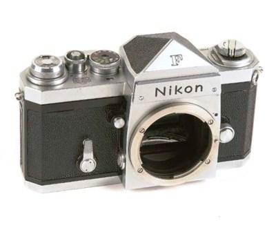 Nikon F no. 6420582