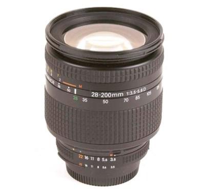 AF Nikkor D 28-200mm. f/3.5-5.