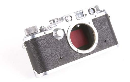 Leica IIIc no. 369775