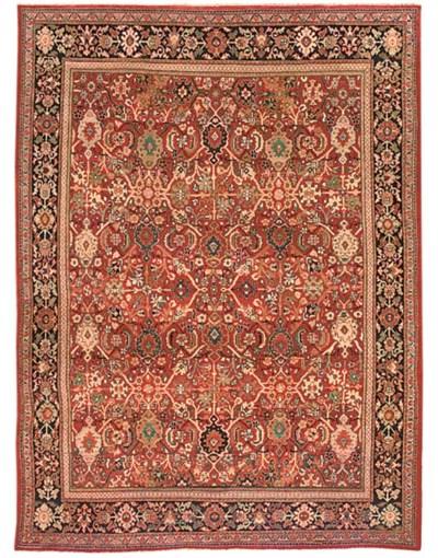 A fine unusual Sarouk carpet,