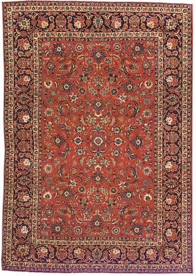 A fine part silk Isfahan carpe