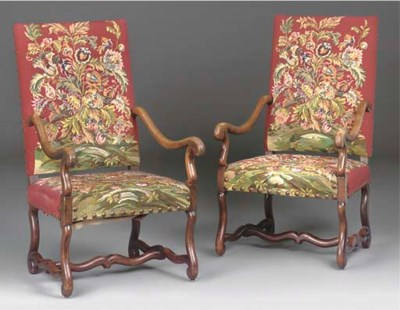 A PAIR OF LOUIS XIV STYLE WALN