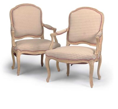 A PAIR OF CREAM PAINTED FAUTEU