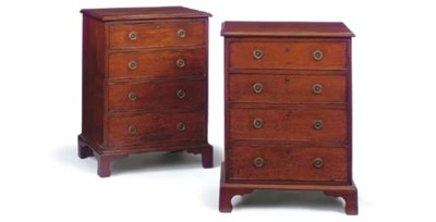 A PAIR OF SMALL MAHOGANY CHEST