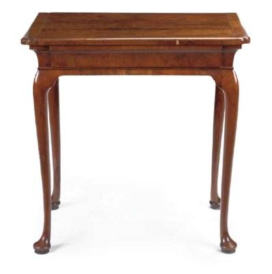 A GEORGE I WALNUT SIDE TABLE