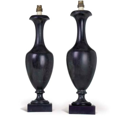 A PAIR OF EARLY VICTORIAN DERB