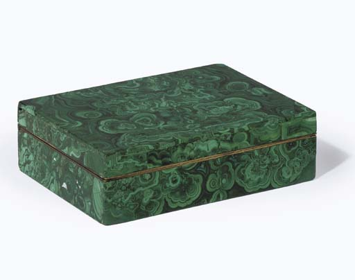 A RUSSIAN MALACHITE VENEERED C