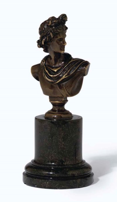 A CONTINENTAL BRONZE BUST OF T