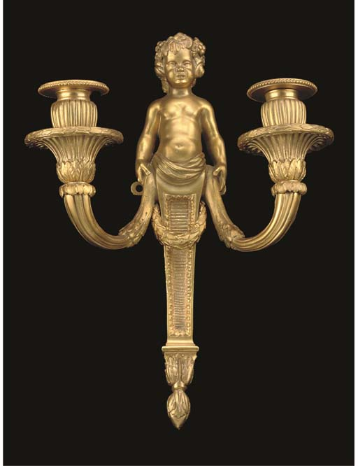 A PAIR OF FRENCH GILT BRONZE W