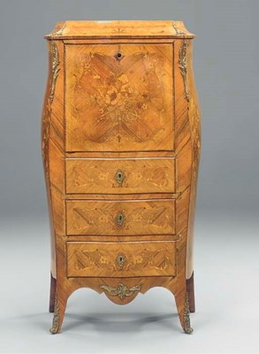 A French gilt metal mounted fl