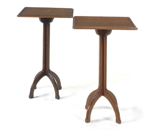 A PAIR OF OAK OCCASIONAL TABLE
