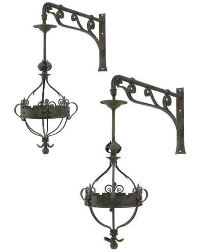 A PAIR OF WROUGHT-IRON GASOLIE