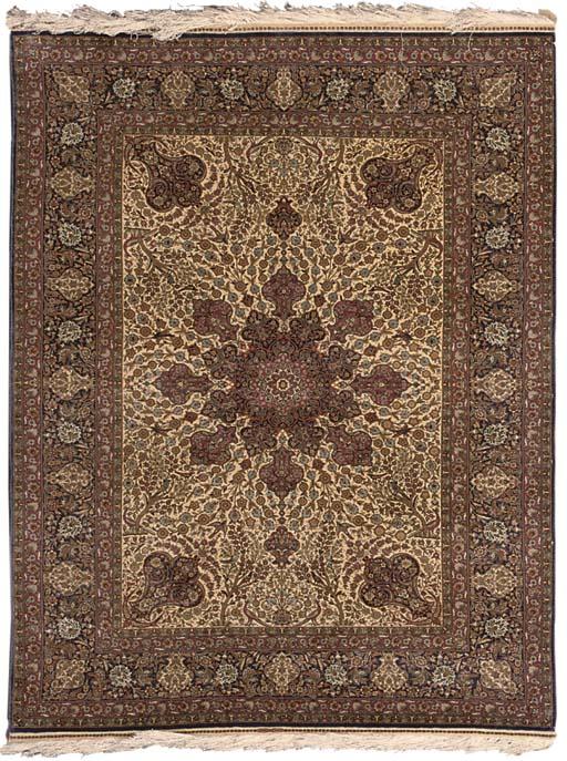 Extremely fine silk and metal thread Hereke rug, Turkey