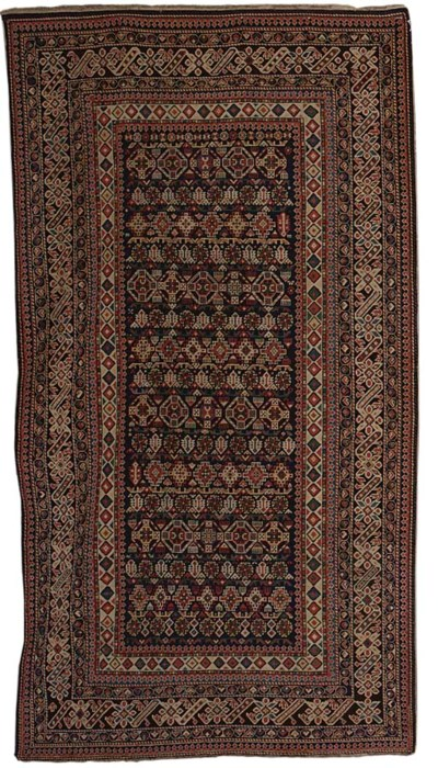 A fine antique Chi-Chi rug, Ea