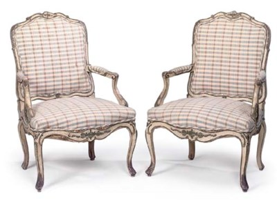 A PAIR OF FRENCH GREY PAINTED